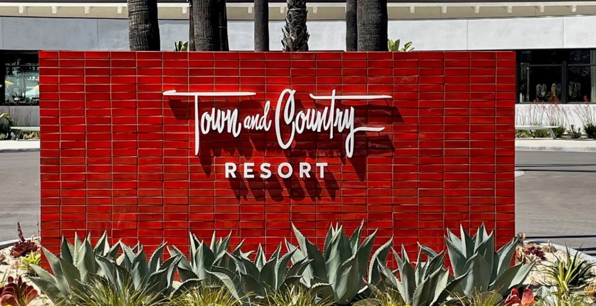 Town and Country Resort