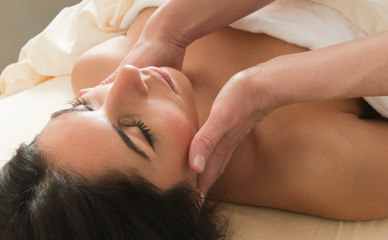 Manual lymphatic drainage massage to support breast cancer recovery
