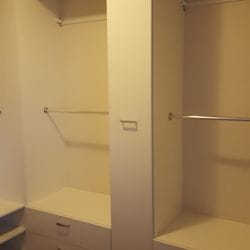 Pull out scarf cabinet (closed)
