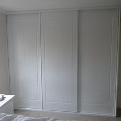 "1 set of 3 fully framed ""York"" profile sliding doors. 2 pack painted finish. Dias White aluminum trims and tracks"