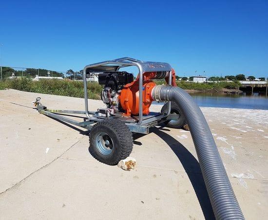 Doombeen mounted water transfer pump