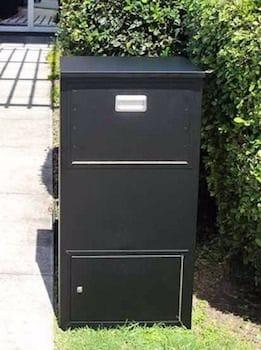 Mailsafe letterbox parcel box