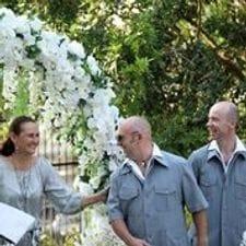 Liz Pforr marriage celebrant waiting with Phil