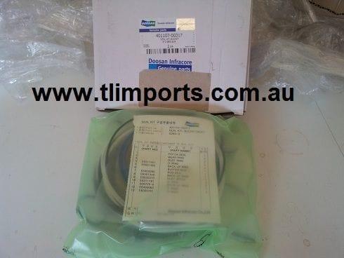Daewoo Excavator Parts - Bucket Cylinder Seal Kit