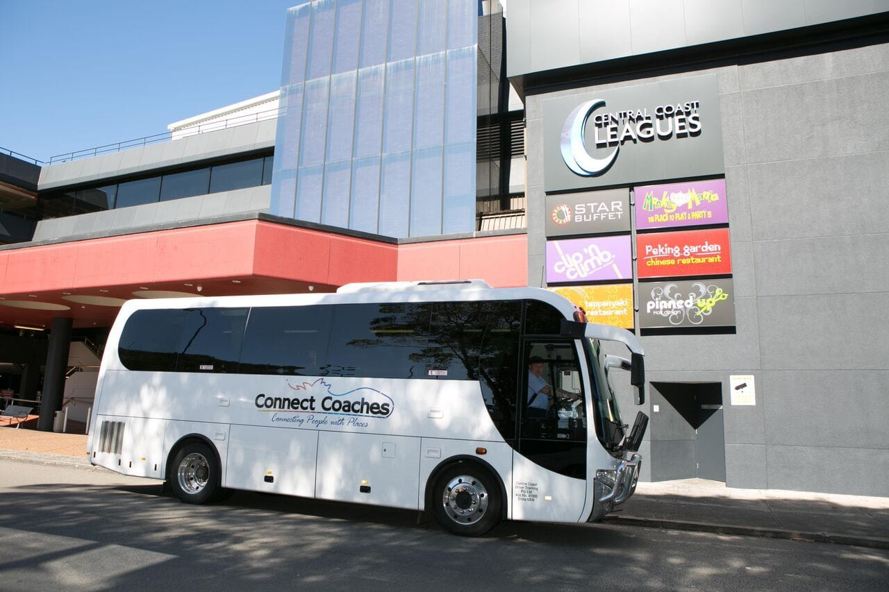 Connect Coaches Mid Size 28 Seated Coach  available for wedding Transfers