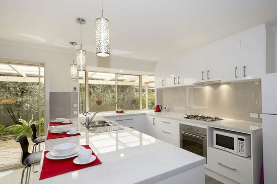 Splashback and Benchtops, Endless Colours Choices - ISPS Innovations