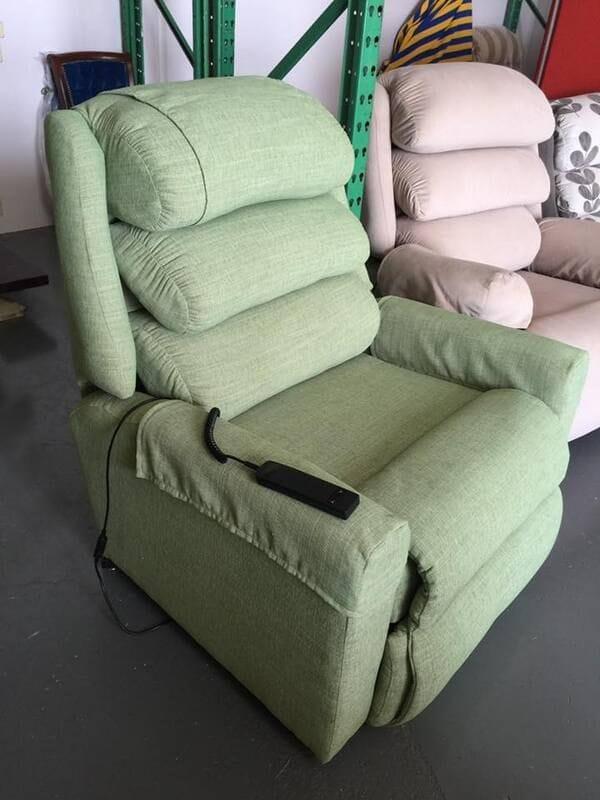 200kg Lift Recliner Chair