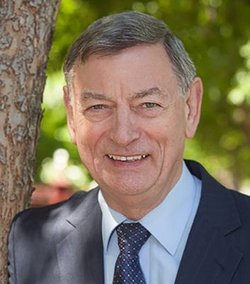 Author Peter Whitelaw