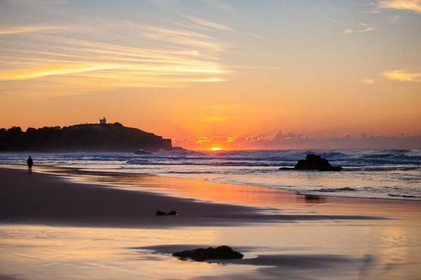Sunrise at Lighthouse Beach