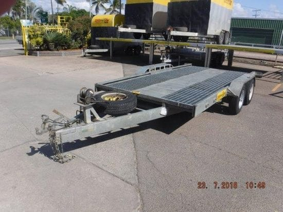 Tandem Axle Car Carrier special