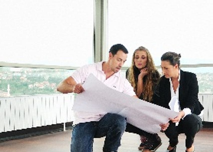 COMMERCIAL LEASING TO IMPROVE IN 2012