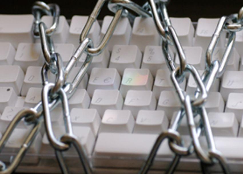HACKERS PUT WEB SECURITY IN SPOTLIGHT