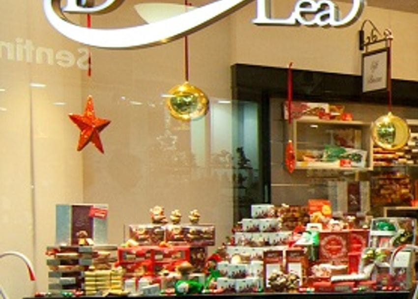 HEADS ROLL AS CHOCOLATE MAKER SELLS