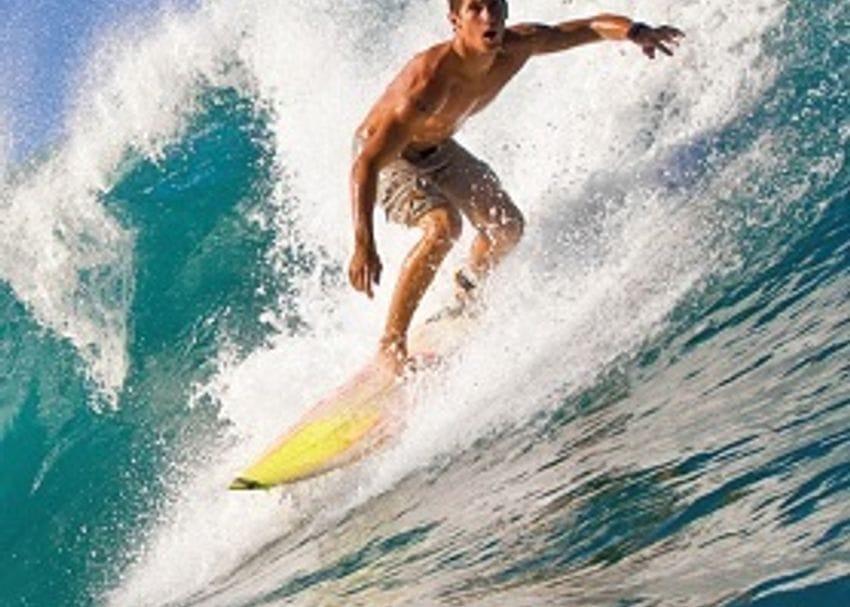 GOLD COAST SURF SCHOOL RIDES WAVE OF SUCCESS