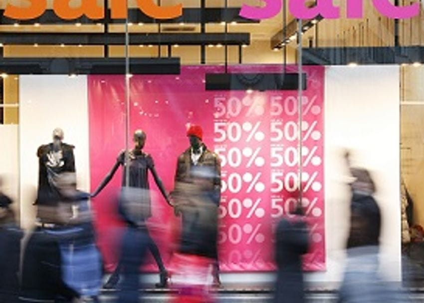 DARK DAYS AHEAD FOR AUSTRALIAN RETAIL AS REPORT FORECASTS MAJOR INDUSTRY ROUT