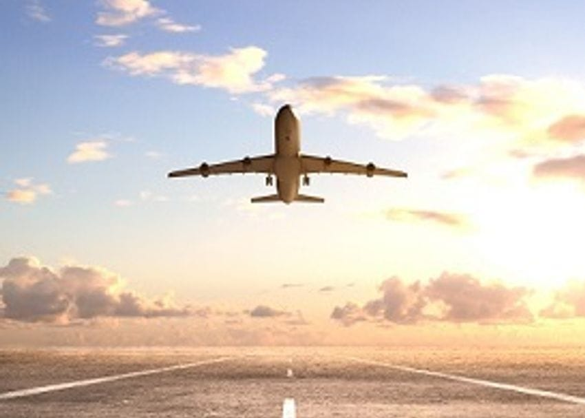 """ACCC: Airport """"monopolies"""" are forcing up the price of air travel"""