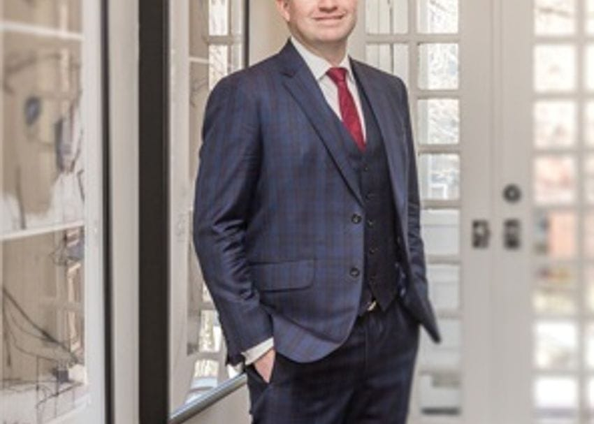 Evans Dixon CEO steps aside to lead struggling US fund