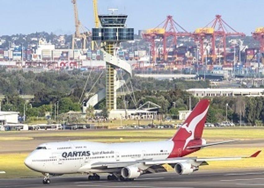 Sydney Airport traffic crashes 97.5 per cent