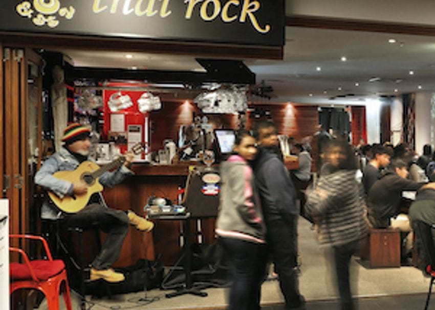 COVID-19 comes to Potts Point as worker at second Thai Rock restaurant tests positive