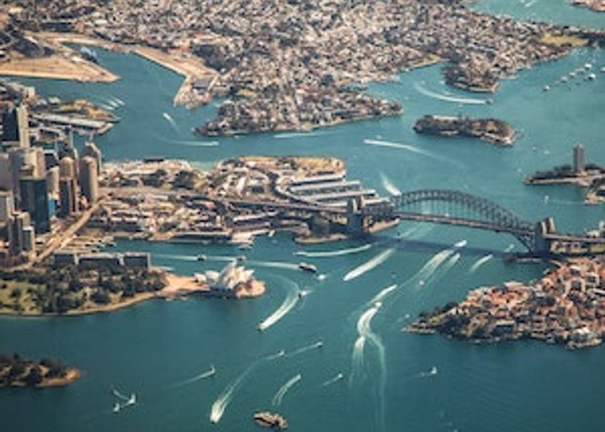 QLD to close border to all of Sydney, Logan cases spark community transmission fears