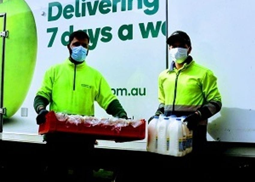 Woolworths urges customers to mask up in NSW, ACT and QLD hotspots