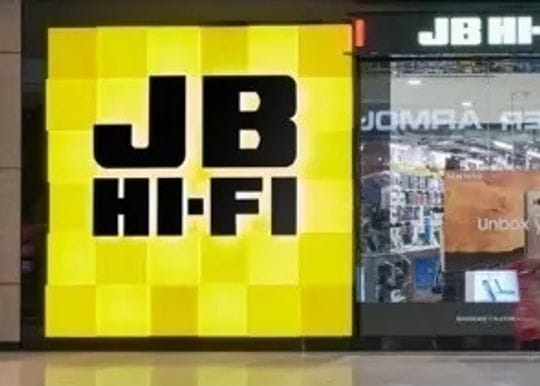 Record profit as JB Hi-Fi leverages lockdown leisure
