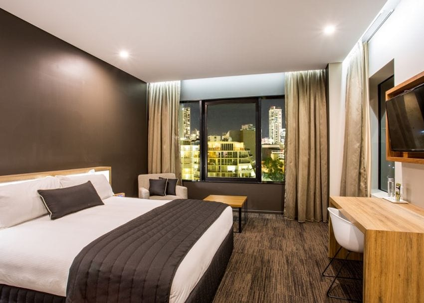 Brisbane: Hotel Grand Chancellor guests to be moved