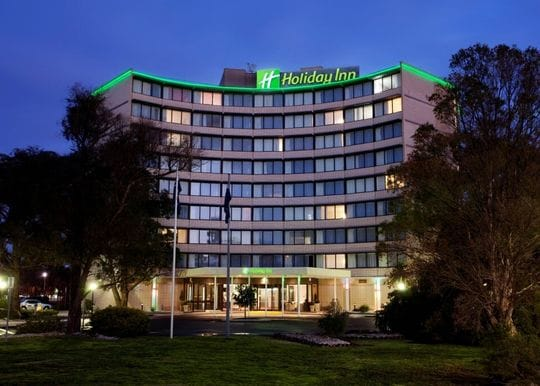 Melbourne Holiday Inn quarantine facility to close