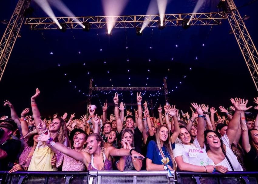 Bluesfest to go ahead without punters from Brisbane on day one