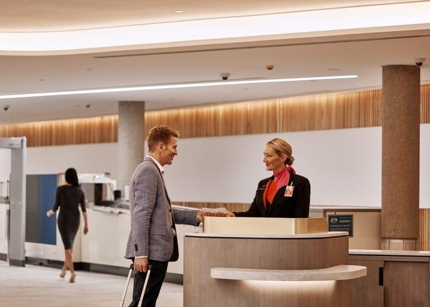 Qantas takes $429m earnings hit from lockdowns