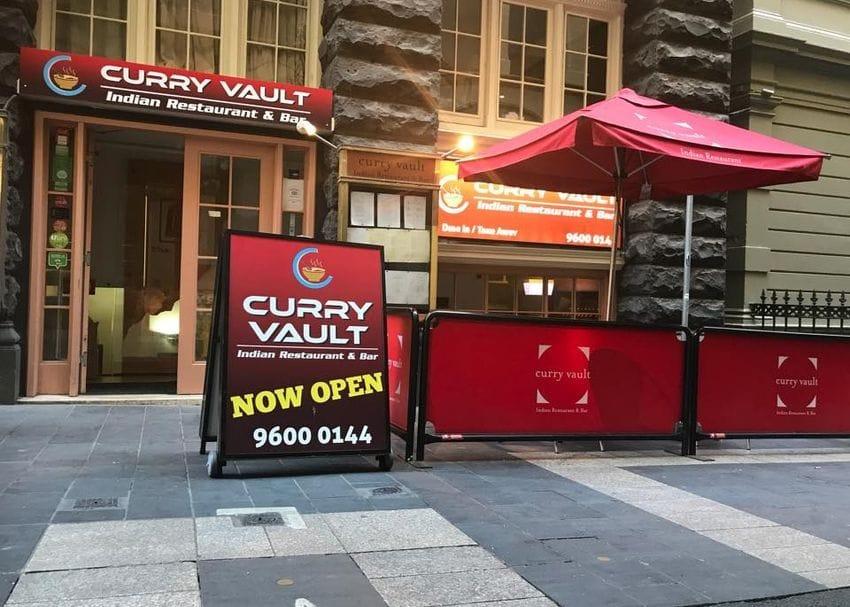 Melbourne COVID-19 exposure sites include CBD restaurant, three Epping locations