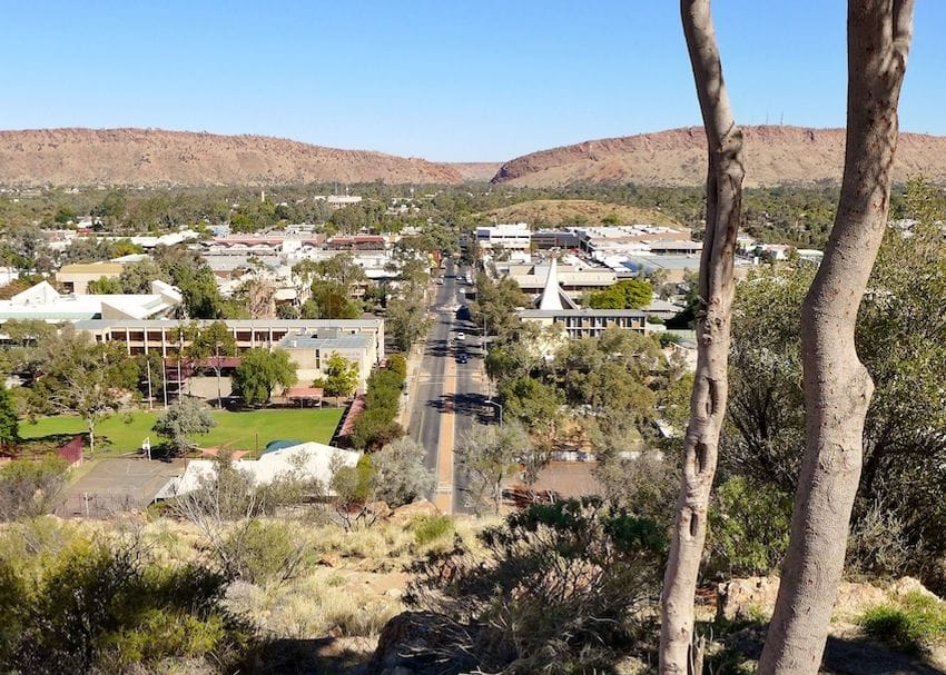 Alice Springs to enter snap lockdown for 72 hours
