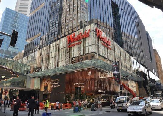 Sydney lockdown extension a $3 billion blow for retail