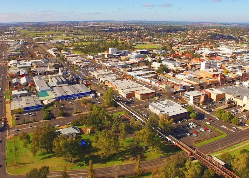 Dubbo to go into lockdown as virus continues to spread in regional NSW