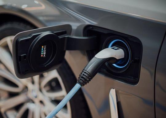 WA plans to build Australia's longest EV charging network