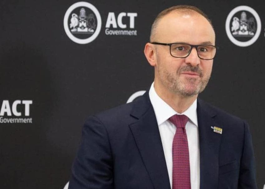 ACT to remain in lockdown but click & collect services to restart from midnight