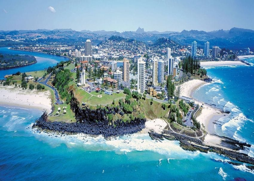 QLD sets up border business support hub in Coolangatta