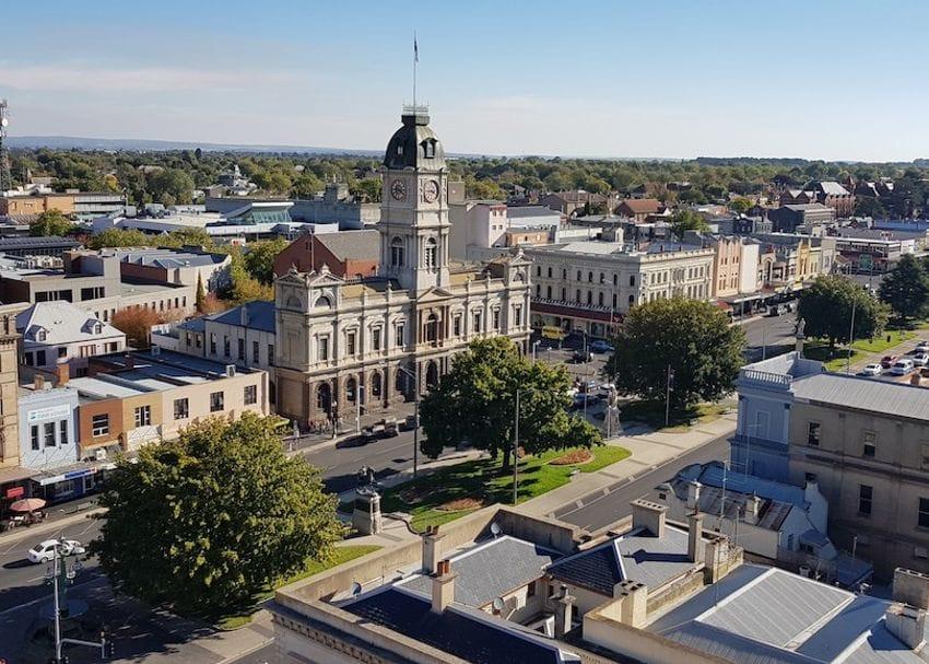 Ballarat back in lockdown tonight over concerns virus widespread in community