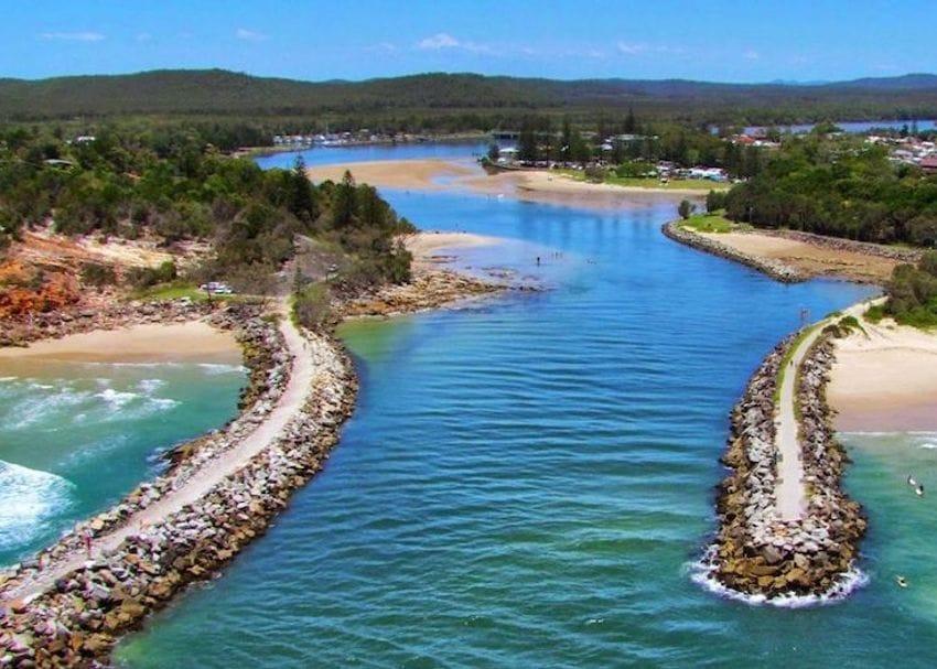 Queensland reinstates border restrictions with Lismore