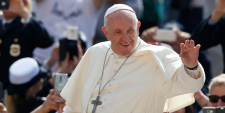 We must walk together for peace: Pope