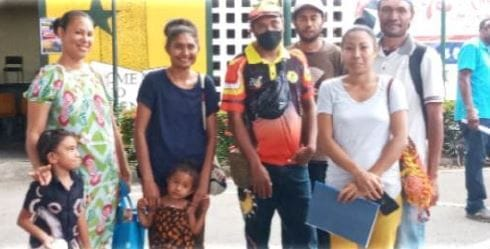 De La Salle Mainohana Alumni vow to give back