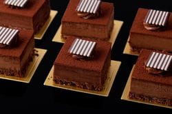 CHOCOLATE CHEESECAKE PIECE