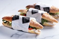 GRILLED CHICKEN BREAST BAGUETTE