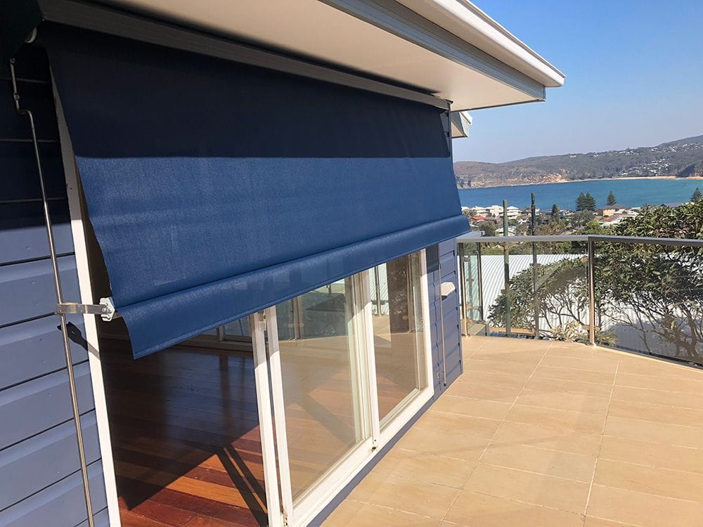 Automatic Lock Arm Awning
