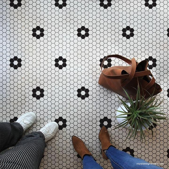 Thumbnail Hexagon Tile Floor Stencil