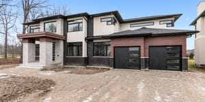 5048 Whispering Pines Crescent