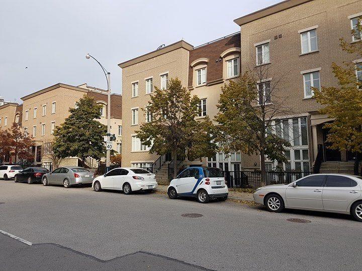 Townhomes Pirandello St.