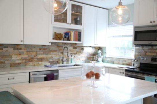 Staxstone Natural Stone Veneer - Gallery Kitchens