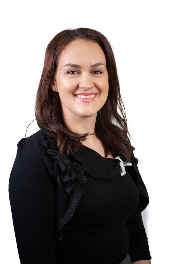 Dr Evie Knight | Specialist Dermatology | Veterinary Specialist Services