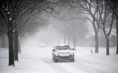 4-5 inches of snow yesterday in metro Detroit
